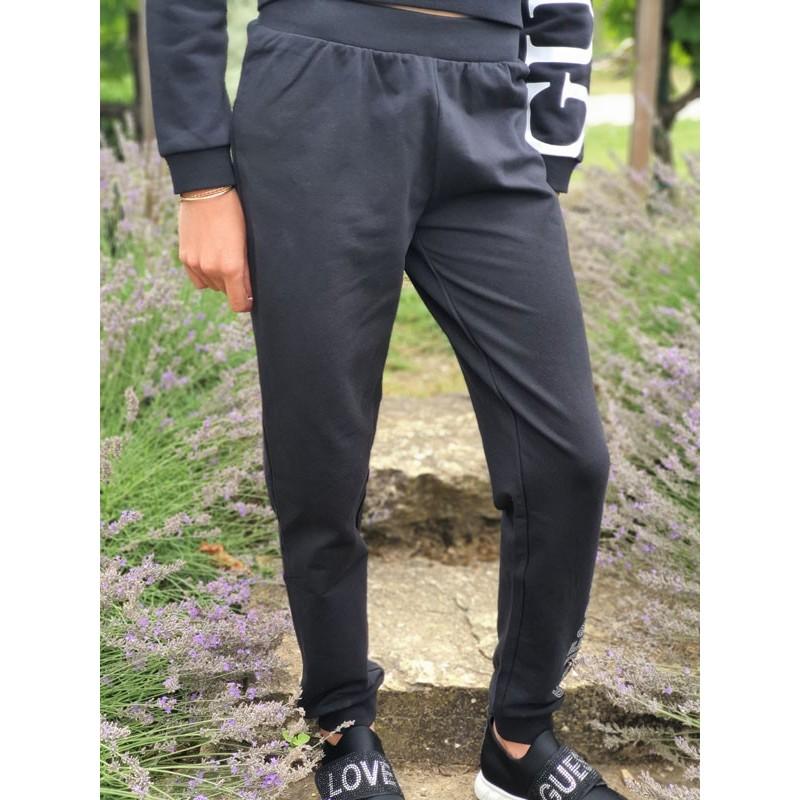 Jogging Guess Lesly noir avec inscription Guess en strass