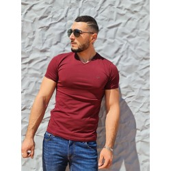 Tee-shirt manches courtes Benson and Cherry Tahys bordeaux avec col V