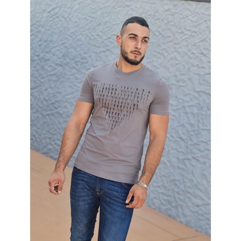 Tee-shirt manches courtes Guess Sully gris avec col rond et inscriptions en relief
