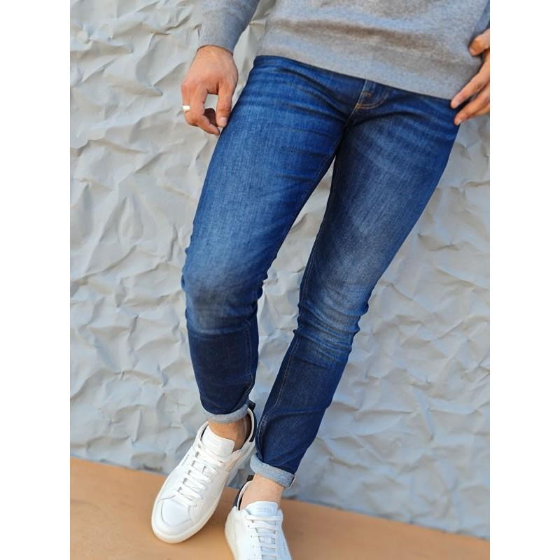 Jeans skinny Guess Yanick bleu effet délavé