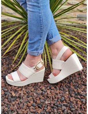 Sandales compensées Guess...
